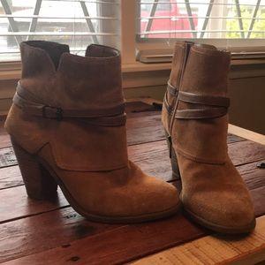 Jessica Simpson Calven Boot